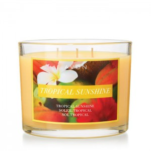 Tropical Sunshine Candle - Talk a walk on the beach! This candle gives off alluring smells of juicy peach, tropical fruits, and a heart of delicate florals to fill your home with warm, tropical smells.