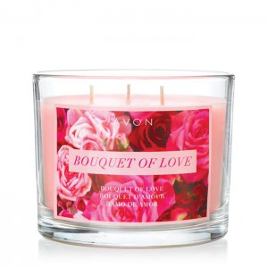 Bouquet of Love Candle - Love is in the air! This candle gives off alluring smells of carnation, rose , jasmine, and sandalwood to fill your home with beautiful, spring smells.